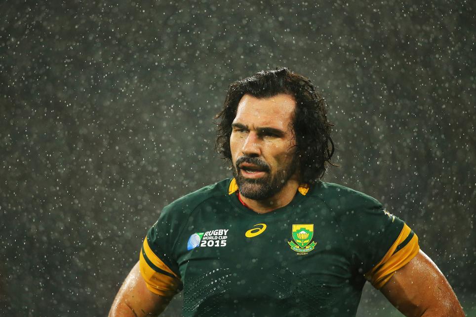 2 supporter de rugby pour clara grimaldi avant un match 8