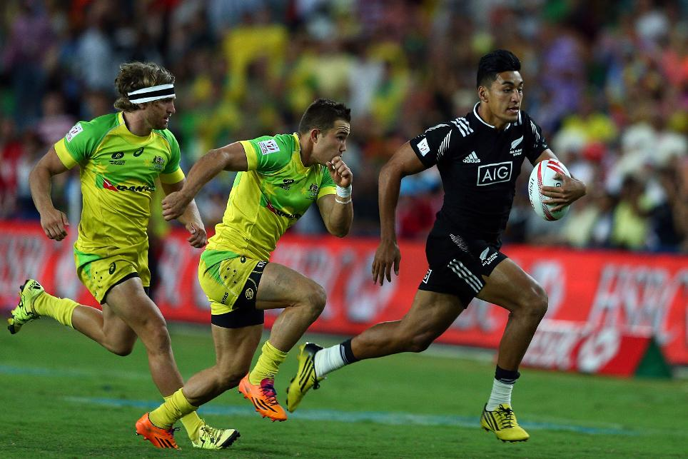 Quarters set after thrilling opening day of the HSBC Sydney Sevens