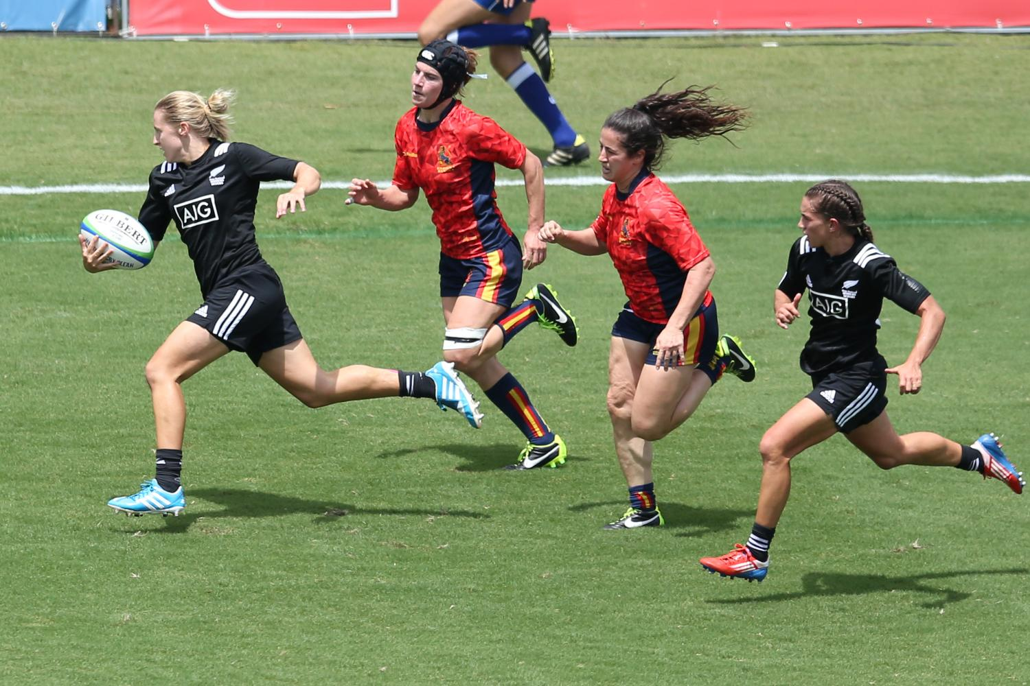 New Zeleand and Spain on day one at the Brazil 7s