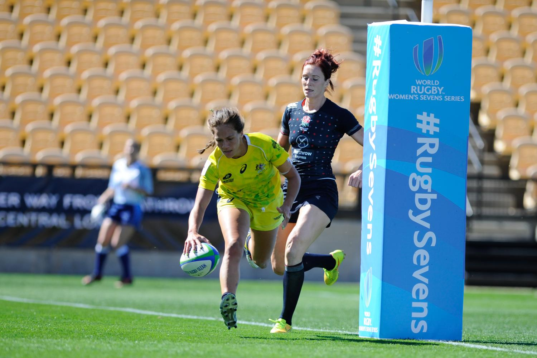 Australia score one of their tries against England