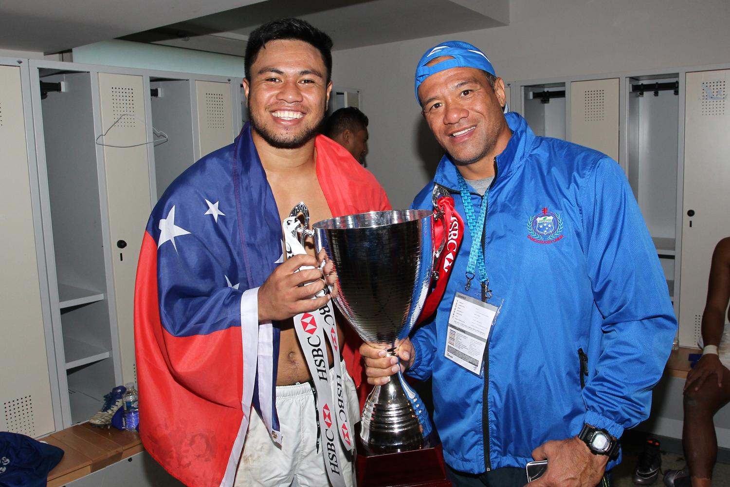 Brian Lima poses with the Cup after the HSBC Paris Sevens
