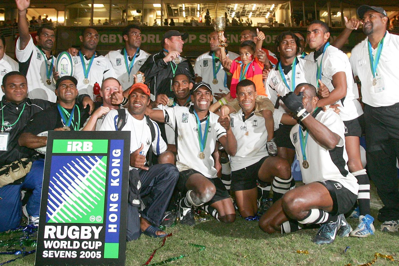 RWC Sevens 2005 - Fiji trophy lift