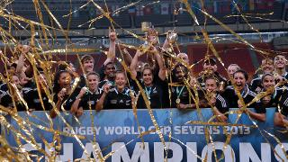 RWC Sevens 2013 and WRWC Sevens 2013 - New Zealand trophy lift