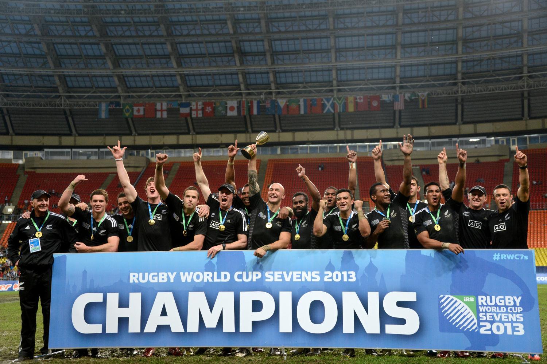 RWC Sevens 2013 - New Zealand Trophy Lift