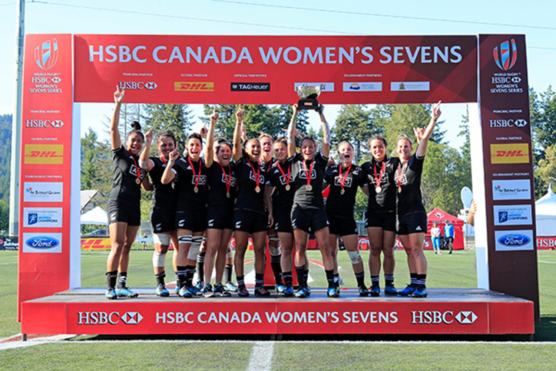HSBC Canada Sevens trophy lift