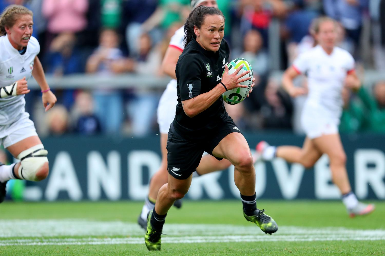 WRWC 2017:  Portia Woodman on her way to scoring a try