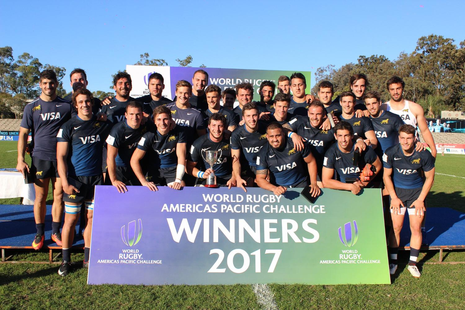 Americas Pacific Challenge 2017: Argentina XV with trophy