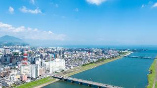 市街地(大分川から空撮)